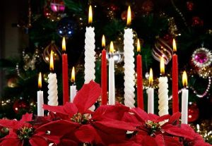 Christmas-Candles-Decorating-Ideas